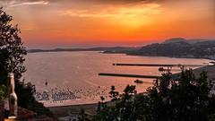 Cala il sole a Posillipo (Luna y Valencia) Tags: sunset atardecer tramonto campania napoli puestadelsol posillipo