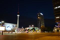 Mitten in Mitte (Pascal Volk) Tags: berlin berlinmitte nacht night architecture architektur sonydscrx100