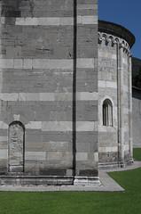 Santa Maria del Tiglio - abside est (Alberto Cameroni) Tags: gravedona santamariadeltiglio romanico abside architettura leica leicaxtype113