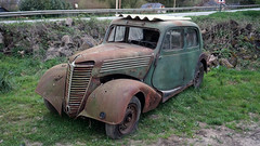 RENAULT CELTAQUATRE 1937 (claude 22) Tags: rusty renault 1937 rouillée celtaquatre