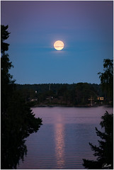 Full Moon over Stavsns (mad_ruth) Tags: sea night reflections pentax sweden fullmoon k1 stavsns