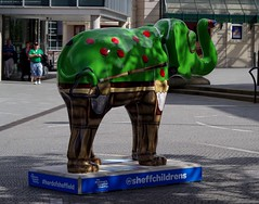Herd of Sheffield elephant sculptures (7) (Simon Dell Photography) Tags: herdofsheffield herdof sheffield herd eliphants statues town city sculptures colorfull awsome 2016 trail see find them locations