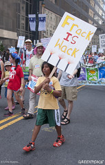 Frack is Whack (Greenpeace USA) Tags: actionsandprotests demonstration activists philadelphia pennsylvania unitedstates tpp oil fracking outdoors day summer groups people signs banners climate cleanenergy children