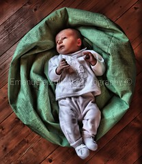 5823DSX (Emanuele Zuliani) Tags: child baby cute childhood small oneperson boys people sleeping lyingdown blanket caucasianethnicity innocence humanface newborn comfortable lifestyles tired indoors portrait everypixel