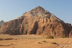 Canyons of the Desert of Wadi Rum, Jordan (ssspnnn) Tags: desert desierto deserto wadirum jordan jordania dunes dunas sandstone canions canyons snunes spnunes spereiranunes canoneos70d
