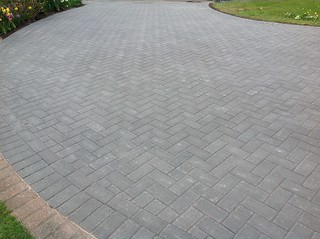 16904074888 33526b9041 n Block Paved Driveway