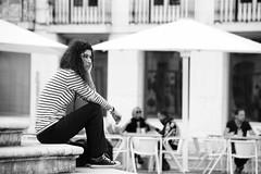 """Il """"ritmo"""" del mondo (Sante sea) Tags: girl gente e bianco pensieri nero ragazza lisbona"""