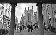 (frscspd) Tags: film architecture bath soft cathedral pentax 28mm gothic medieval softie georgian ilfordxp2 mx ilford filmgrain bathabbey pentaxmx stallstreet grandpumproom johnpalmer thepumproom 28mmsoft ilfordxp2400bw 31030032 20160332