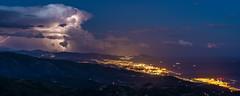 Una_serata_tormentata (Danilo Mazzanti) Tags: danilo danilomazzanti mazzanti wwwdanilomazzantiit atmosfera nuvole tempesta pioggia maltempo montefaiallo faiallo genova liguria temporale saette notturna