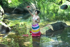 DP1U1780 (c0466art) Tags: pretty high school girl  colorful creek happy mind play water gorgeous charming beautiful scenery romatic feeling princess outdoor portrait light canon 1dx c0466art