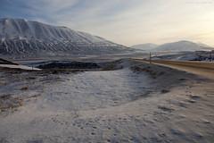 Satumaista - Fairyland (ikithule) Tags: maisema landscape talvi winter iceland vuori mountain jannemaikkula ikithule tie road lumi snow