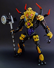 Makuta The Mask Breaker (Djokson) Tags: makuta bionicle final boss overlord tyrant titan big guy uuuu black red gold purple spiky hammer djokson lego moc