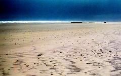 170/365 Beach (gwenael skeudenner) Tags: france bretagne finistere brittany plage beach mer sea sable sand treguennec baie daudierne