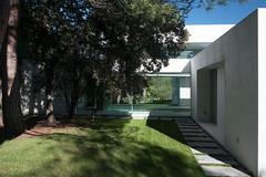 Особняк Casa Patio под Мадридом от Otto Medem Arquitectura
