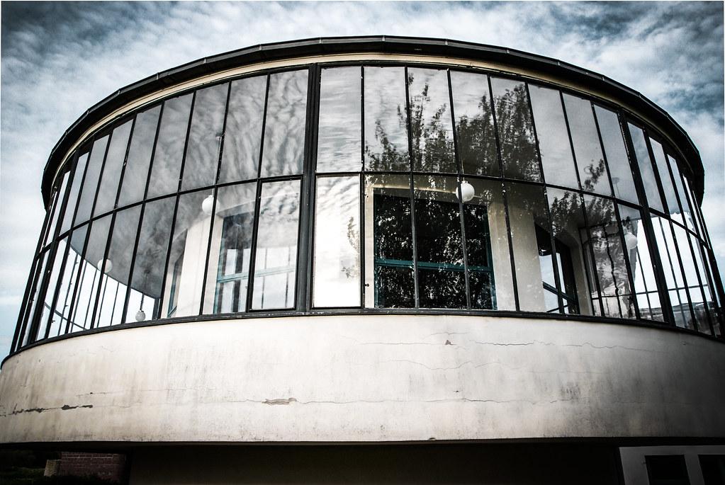 Kornhaus, Dessau (takea.photo) Tags: Bauhaus Bauhausstil