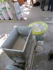 Stap 1 van het maken van Rice Noodles (MTTAdventures) Tags: family factory rice noodle mengsel