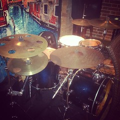 Photo of Tonight's setup at the Dolce Vita! #drums #drumset #drumkit #tama #tamadrums #tamasilverstar #silverstar #sabian #remo #vicfirth #tunerfishluglocks #leblonddrumcases