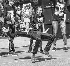 2 parklife (lightandform) Tags: life park people dance crowd voice entertainers