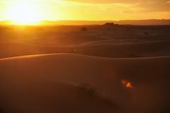 Erg Chebbi - Saara (roberto_junho) Tags: sahara nikon morocco saara marrocos erg merzouga 2014 d90 chebbi