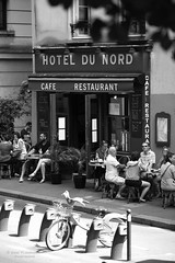 Atmosphere, atmosphere!!! (Photoeric_) Tags: street people paris france coffee monochrome hotel blackwhite cafe noiretblanc atmosphere rue coffe canalsaintmartin