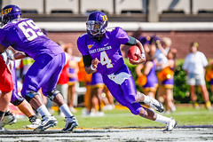 ECU Football '10 (R24KBerg Photos) Tags: quarterback dominiquedavis ecu eastcarolina eastcarolinauniversity eastcarolinapirates ecupirates football canon dowdyficklenstadium greenvillenc athletics ncaa americanathleticconference pirates 2010
