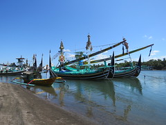 Bateaux de pche Bugis - Bali 2016 (Valerie Hukalo) Tags: bateau bali asie asia indonsie indonesia hukalo safaribali valriehukalo negara