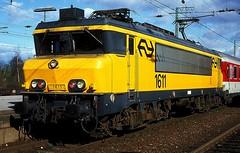 1611  Emmerich  19.03.98 (w. + h. brutzer) Tags: emmerich 16 eisenbahn eisenbahnen train trains railway niederlande holland elok eloks lokomotive locomotive zug ns webru analog nikon