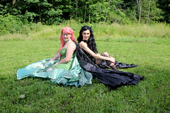 IMG_1940m (ScarletPeaches) Tags: outdoor fairies pixies wigs models park beth horns black goth donna green pinkhair gypyroses