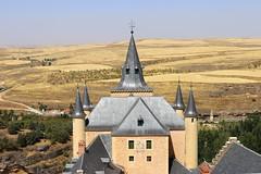 Segovia 015, Alczar de Segovia. (Joanbrebo) Tags: alczar castell castillo castle spain espaa castillaylen alczardesegovia segovia eosd canoneos80d efs1855mmf3556isstm autofocus