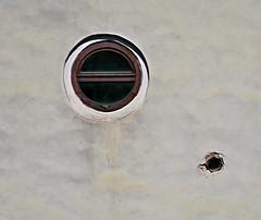 IMG_5075a_jnowak64 (jnowak64) Tags: poland polska malopolska cracow krakow krakoff kazimierz kamienica architektura sciana okno lato mik minimalizm color