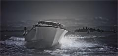 JOE SPEEDBOOT (bert  bakker) Tags: aeroportodiveneziamarcopolo speed speedboat venice veneti dolomites dolomieten tommywieringa