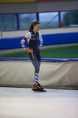 A37W7116 (rieshug 1) Tags: speedskating schaatsen eisschnelllauf skating nkjunioren knsb nkjuniorenallroundafstanden afstanden allround 50010001500massstart demeent alkmaar sportcomplexdemeent juniorenc ladies dames 500m