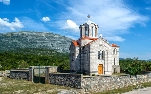Crkva na vrelu Cetine