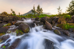 O A S I S (Danny_Briones) Tags: legazpi albay philippines stream sunrise benro