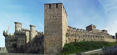 The Medieval Knights Templar Castle in Ponferrada. (Dartmoor Mike) Tags: knights templar castle templarios camino de santiago ponferrada