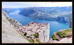 """PREIKESTOLEN - """"EL PULPITO"""" (Noruega)  - Pano ( 5 Fotos Verticales) (MONTXO-DONOSTIA) Tags: preikestolen noruega elplpto senderismo vbiajar trip holidays vacaciones nordwey belleza panoramicas paisajes landascape"""