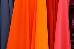 Los colores de ropa ideales para cada tono de piel (revistaeducacionvirtual) Tags: amarillo azul blanco colores consejos consejosdemoda diseo estilo marrn moda mujer naranja prendas ropa tonalidades verde