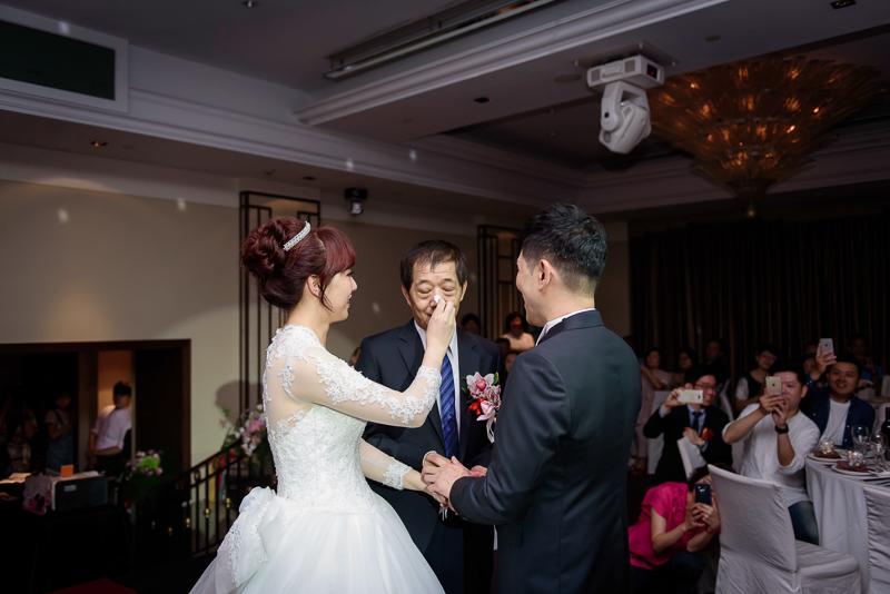 國賓婚攝,台北國賓,國賓飯店婚宴,新秘Miko ,婚攝小勇,台北婚攝, 愛瑞思新娘秘書造型團隊,西敏英國手工婚紗,小寶工作室-030
