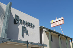 Beverly Palms Hotel (Flint Foto Factory) Tags: las vegas nevada urban city early autumn fall 2016 annual trip vacation friends beverly palms hotel 218 s6thst 6th carson intersection closed abandoned outof business googie sign signage letters downtown bankrupt lodging