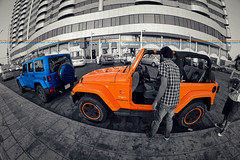 JEEPS WAVE - Check out link below please (dr.7sn Photography) Tags: door blue roof bw orange tower sahara colo lens four one cool nikon doors jeep no 4 guys fisheye hydro only polar jeddah removal unlimited tow wrangler   cruch   cornich   blackwhhite     2doors       rokinon    d7100     roofoff         offdoor     oemove alsarsi