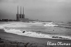 The sentinels (Eliseo Oliveras) Tags: barcelona blackandwhite bw espaa mer storm see mar spain waves catalonia bn tormenta catalunya espagne olas catalua barcelone espanya catalogne santadriadelbesos eliseooliveras eliseooliveras