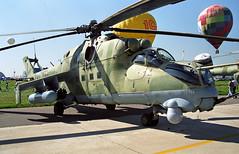 17 red - Moscow Zhukovsky (ZHU) 17.08.2001 (Jakob_DK) Tags: 2001 zhu uubw maks2001 17red mil mi24 milmi24 russianairforce mi24vk1 mi24hind hind milmi24vk1 milmi24vk1hinde mi24vk1hinde hinde zia moscowzhukovsky zhukovskyinternationalairport rff