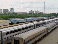 Christmas Carol train (Michael Berry Railfan) Tags: chicago illinois amtrak passengertrain superliner