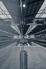 DSC05930_s (AndiP66) Tags: reflections reflektionen licht light bahnhof train station olten schweiz switzerland sony dscrx100ii dscrx100m2 rx100ii rx100m2 andreaspeters