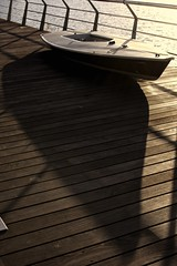 Sombras (Monica Fiuza) Tags: port puerto muelle barca sombra galicia portonovo