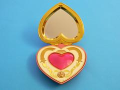 Cosmic Heart Compact - Proplica (Bandai) - pose 2 (Nexira) Tags: heart cosmic compact bandai proplica
