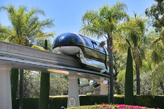 Disneyland Monorail (GMLSKIS) Tags: disney california amusementpark anaheim disneylandmonorail nikond750