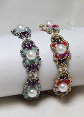 Anastasia Bracelet (BeeJang - Piratchada) Tags: beadweaving beadwork beading beaded superduo swarovski crystal crystals pearl white purple handmade bracelet jewelry