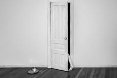 White Exit (Kaobanga) Tags: whiteexit juliosarmento sortida salida concepte concepto concept conceptual surreal surrealisme surrealismo surrealism portugal porto oporto blancinegre blancoynegro blackandwhite bn bw canon5dmarkii canon5dmkii canon5dmk2 canon1635 kaobanga