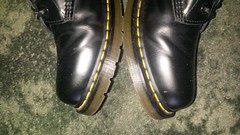20160703_171907 (rugby#9) Tags: dm feet wear cushioned comfort sole cushion dms docmartens lace original soles bouncing doctormarten docs doc eyelets icon boots drmartensboots dr martens drmartens airwair air wair yellow stitching yellowstitching 10 hole 10hole size7 7 1490 black shoe footwear boot indoor